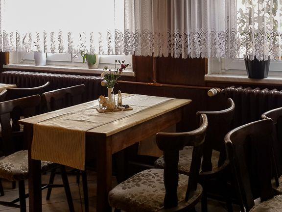 """Gasthaus """"Zum Engel"""" in Haßleben/Thüringen - Lecker Mittagessen in unserer Gaststube"""