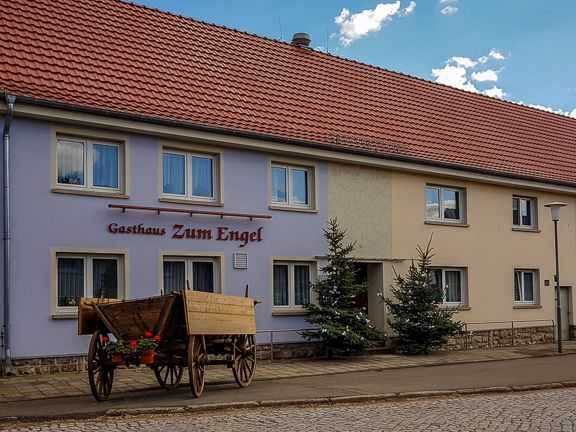 """Gasthaus """"Zum Engel"""" in Haßleben/Thüringen - bereits in dritter Generation für Sie vor Ort"""